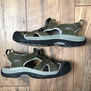 Keen waterproof Venice hiking sandal